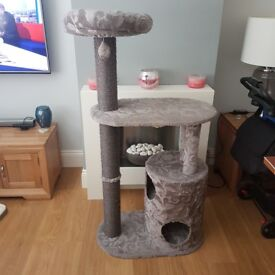 Large deluxe 3 Tier Grey Cat Scratching post activity centre GC