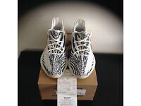 Yeezy Zebras size 10