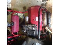 Qualcast Petrol Mower 17s