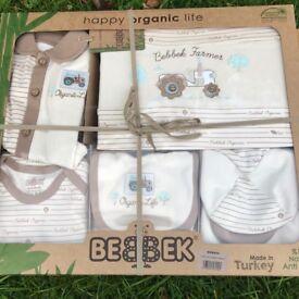 Newborn (0-4months) ORGANIC Boy/Girl Set~New in Box