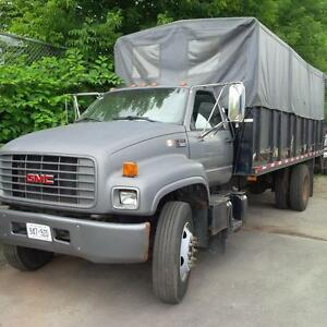2002 GMC C7500 Stake Truck 20ft Flat Deck with Tarp Tailgate BO
