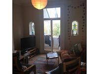 Spacious double room available- Preston Park