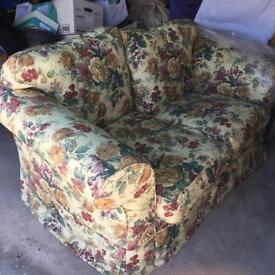 2 seater sofa in immaculate condition