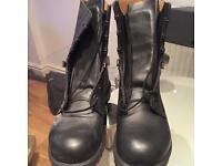 Men's boots size 9