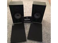 wharfedale delta 30 speakers