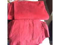 Black/red bedding