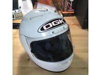 Motorcycle helmet (cracked!)
