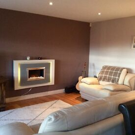 Spacious double bedroom to rent in modern 2bed apartment in popular Wellington Square development