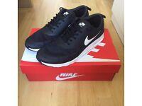 *NEW* Nike Air Max Thea Black & Summit White (UK 8 / EU 42.5 / 27.5cm)