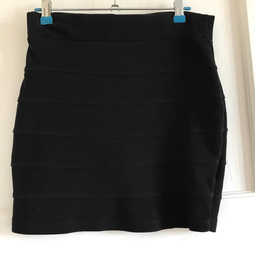 H&M Black Bodycon Skirt