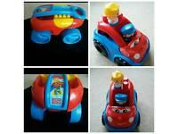 MEGA BLOCKS CART AND CAR WITH FIGURES