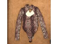Size 6 snake top