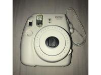 Polaroid camera instax max 8 style
