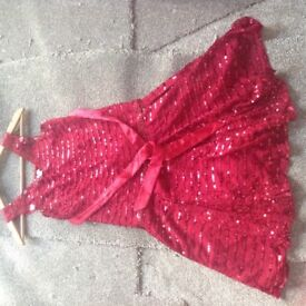 Red dress age 10-11