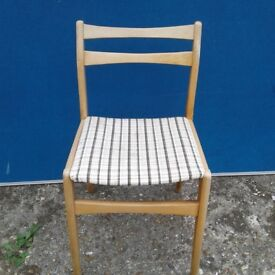 Checkered Seat Dining Chair