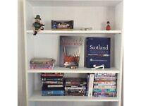 Bookcase in white