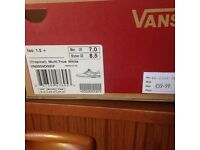 Vans size US women size 8.5 beautiful but did not fit please see photos bargain