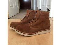 Men's Brown Suede Boots Size 7 good condition