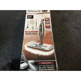 Shark klick and flip steam pocket mop