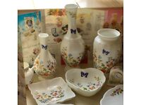 Aynsley 'Cottage Garden' collectible bone china vases