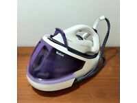Tefal ultimate anti-calc steam iron, as new, RRP 180+