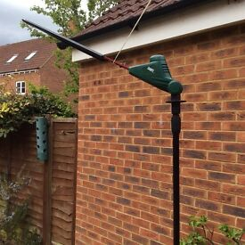 Hedge trimmer,cordless extendable works on chargeable battery