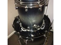 Mapex Saturn shell pack with Pearl Session Elite snare