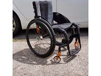 QUICKIE HELIUM MANUAL WHEELCHAIR (Seat 15 half by 15 half inches)