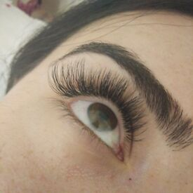 Professional Individual and Russian Volume Eyelash Extensions