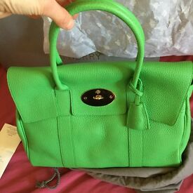 Stunning Green Mulberry Bayswater Handbag As New Unused with receipt and all packaging