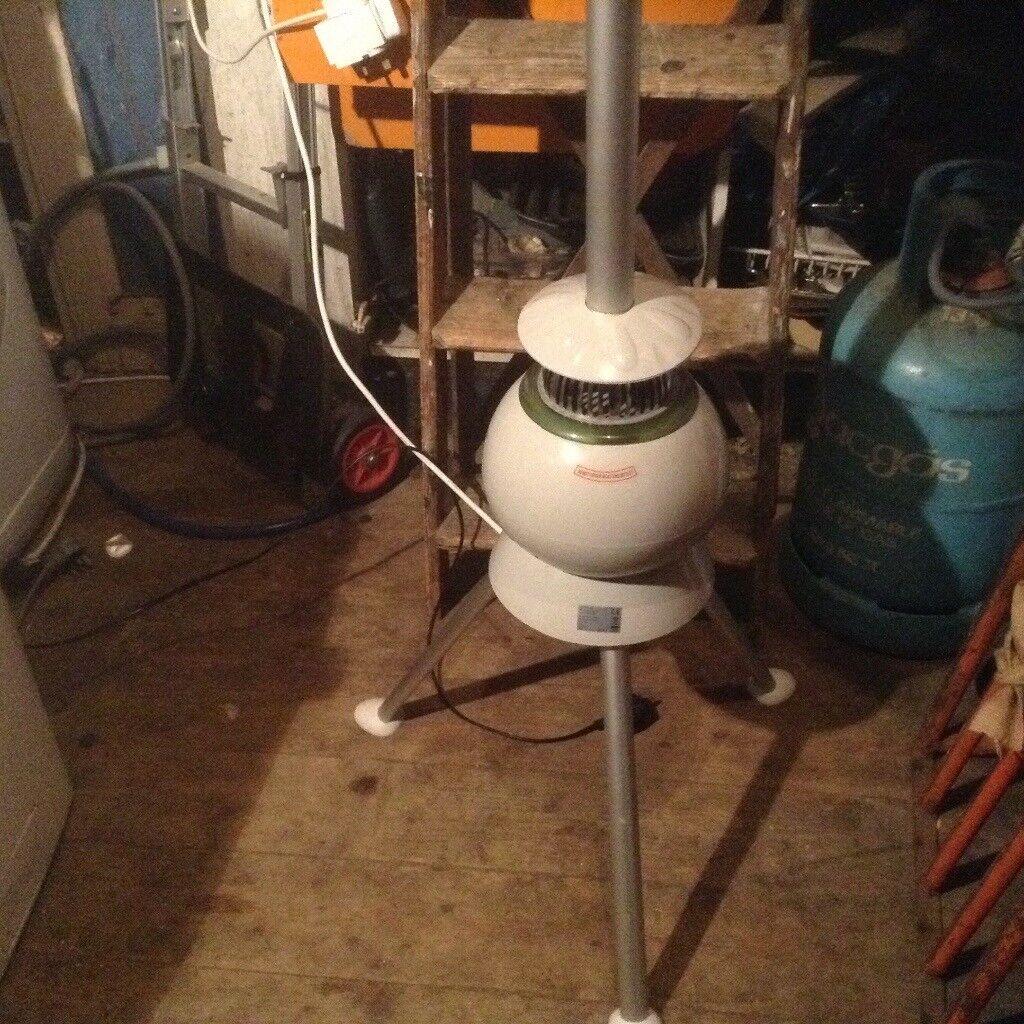 Dryer,tree type,electric,£25.00