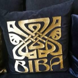 Cushion biba