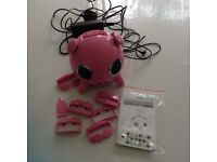 ipig speaker / docking station for iphone, ipod or any other mobile phone or mp3 / mp4