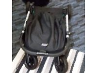 Selling Mamas Papas Pram in excellent condition