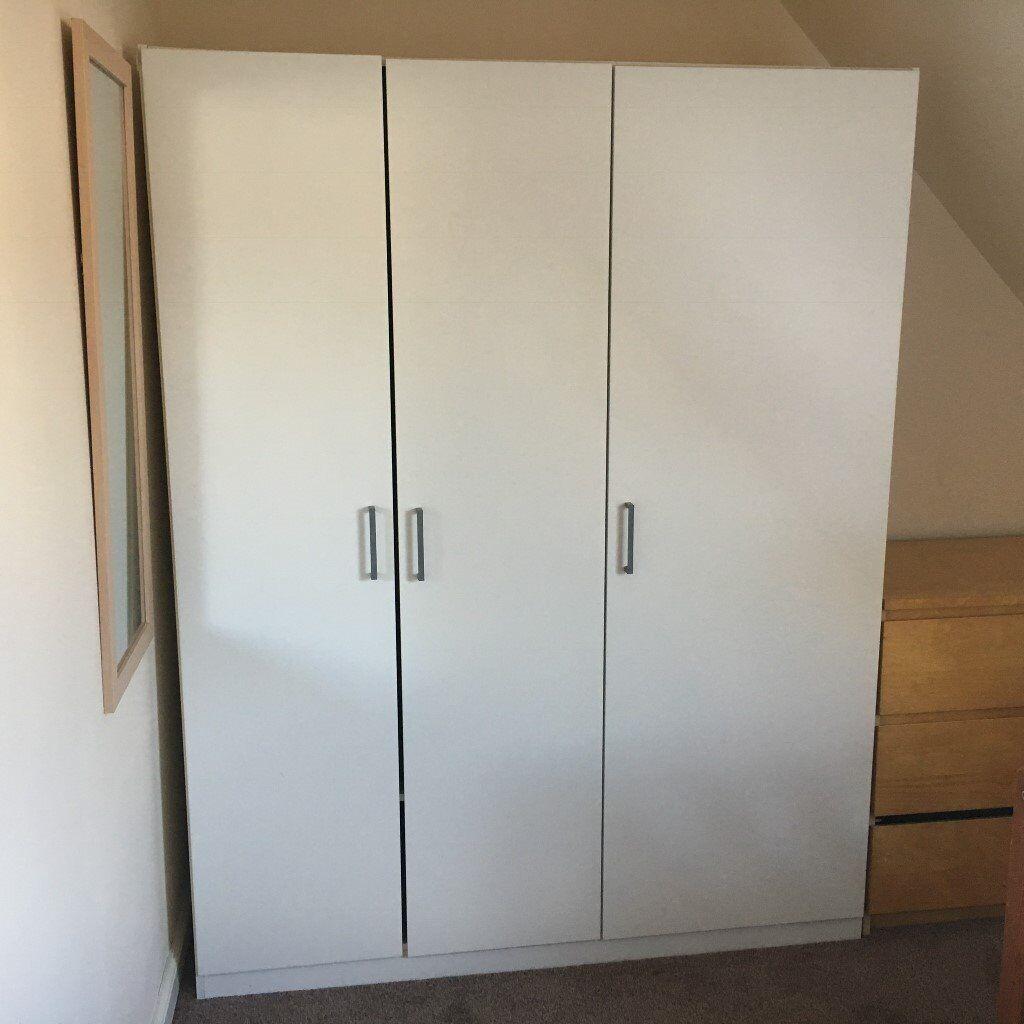 white ikea dombas 3 door wardrobe in dundee gumtree. Black Bedroom Furniture Sets. Home Design Ideas