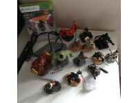 Xbox 360 Disney Infinity game, board and 13 characters
