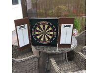 Winmau Diamond dartboard in wooden case
