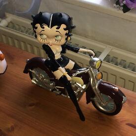 Betty Boop on motorbike