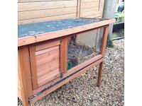 Small rabbit / Guinea pig hutch