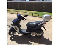 Hello I'm selling my Peugeot sum-up 125cc moped