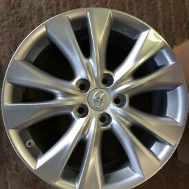 "Lexus Alloy Wheels genuine set of 4 x 18 "" brand new boxed"