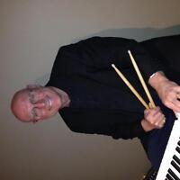 KEYBOARDIST AVAIL - JAZZ/C.ROCK