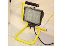 400W Halogen Portable Work Site Light IP44 Rated Workshop Lamp 240V