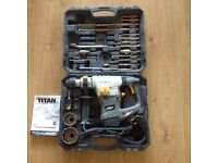 Titan 240V SDS Rotary Hammer Drill/Chisel 1500W +Accessories