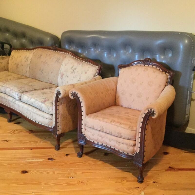 Antique Victorian Couch & Chair Great For Formal Sitting Room