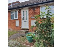 2 bed bungalow Andover