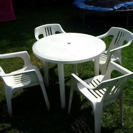 garden table and chairs can deliver locally
