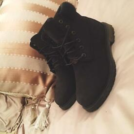 Black Timberland boots size 5 limited edition