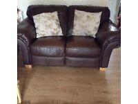 2&3seater sofa exellent condition