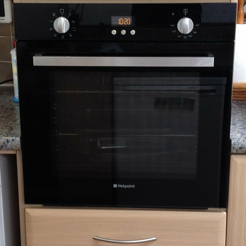 hotpoint package matching electric oven gas hob in black. Black Bedroom Furniture Sets. Home Design Ideas